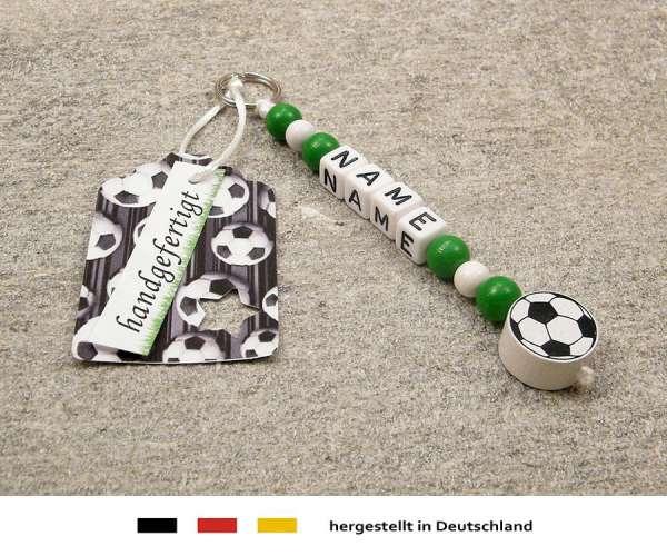 Anhänger mit Wunschnamen Motiv Fussball in grün, weiss