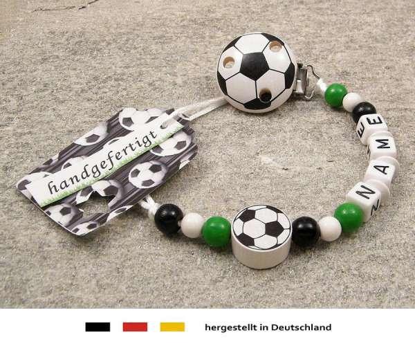 Schnullerkette mit Wunschnamen Motiv Fussball in schwarz, weiss, grün