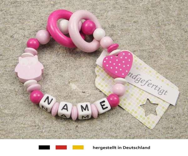 Greifling geschlossen mit Namen – Eule und Herz in rosa
